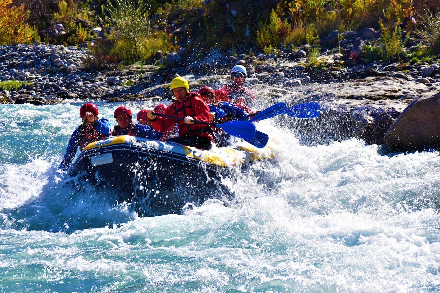 rafting in Vjosa river